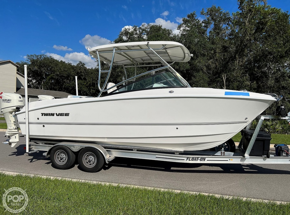 2020 Twin Vee boat for sale, model of the boat is 240 DC Go Fish Edition & Image # 15 of 40
