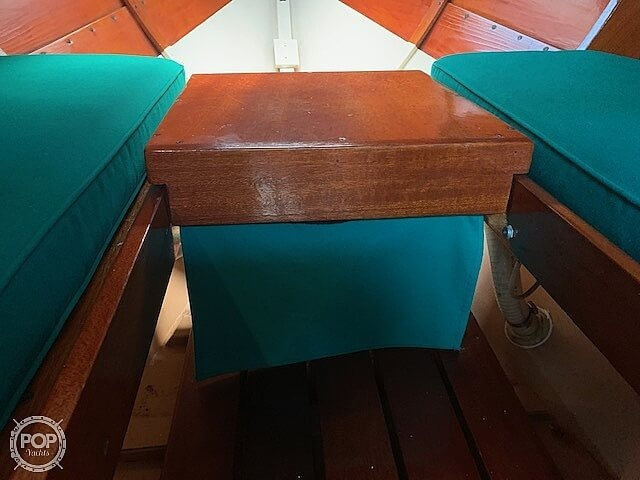 1992 Lowell boat for sale, model of the boat is Amesbury Skiff & Image # 8 of 25