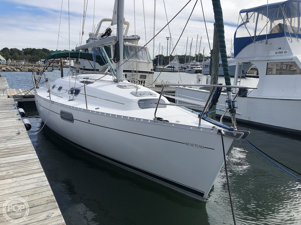 1995 Beneteau boat for sale, model of the boat is 321 Oceanis & Image # 3 of 40