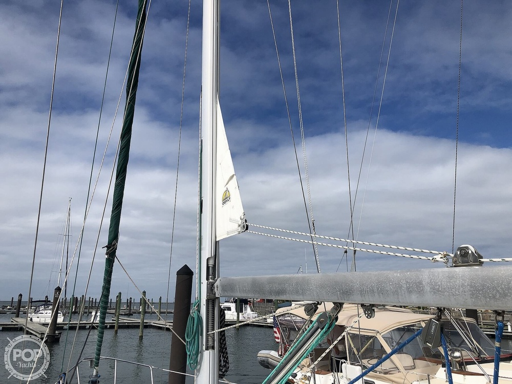 1995 Beneteau boat for sale, model of the boat is 321 Oceanis & Image # 34 of 40