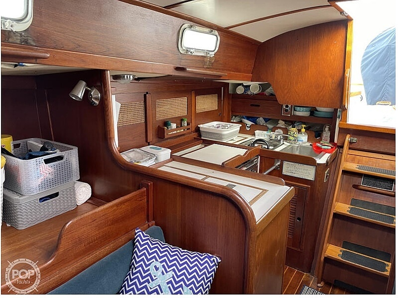 1982 Tartan boat for sale, model of the boat is T37 & Image # 10 of 13