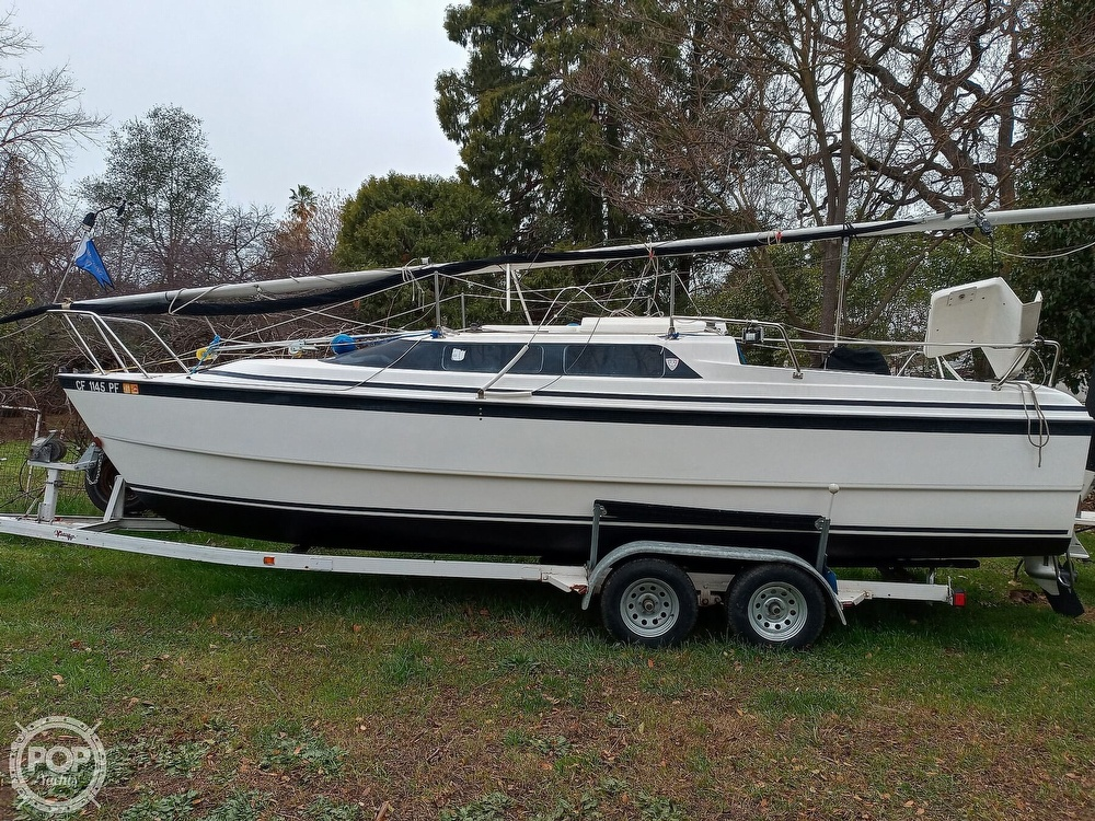 1998 Macgregor boat for sale, model of the boat is 26X & Image # 9 of 11