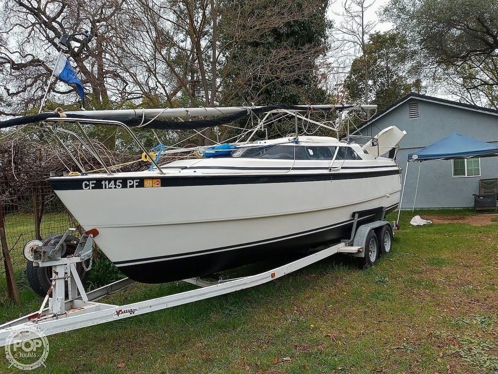 1998 Macgregor boat for sale, model of the boat is 26X & Image # 10 of 11