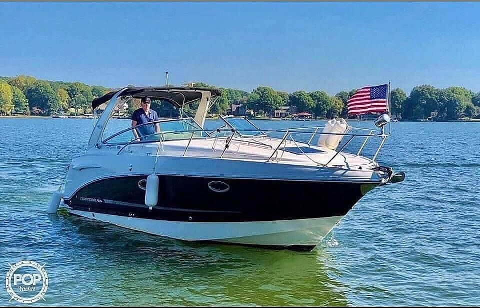 2007 Chaparral boat for sale, model of the boat is Signature 290 & Image # 2 of 40