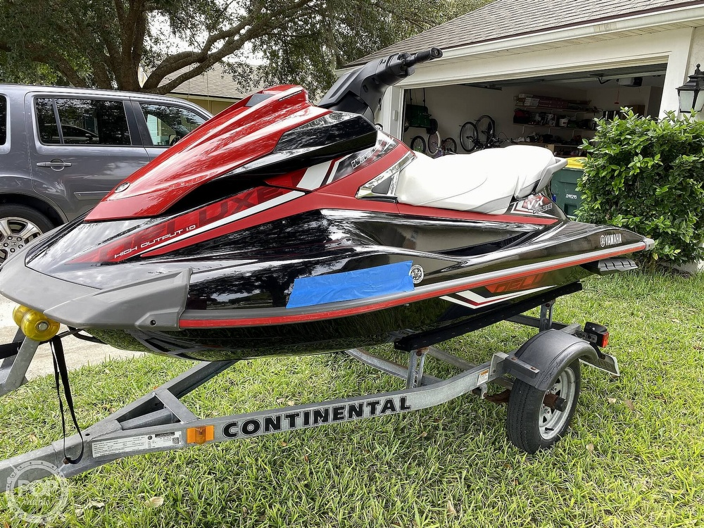 2016 Yamaha boat for sale, model of the boat is VX Deluxe & Image # 2 of 41