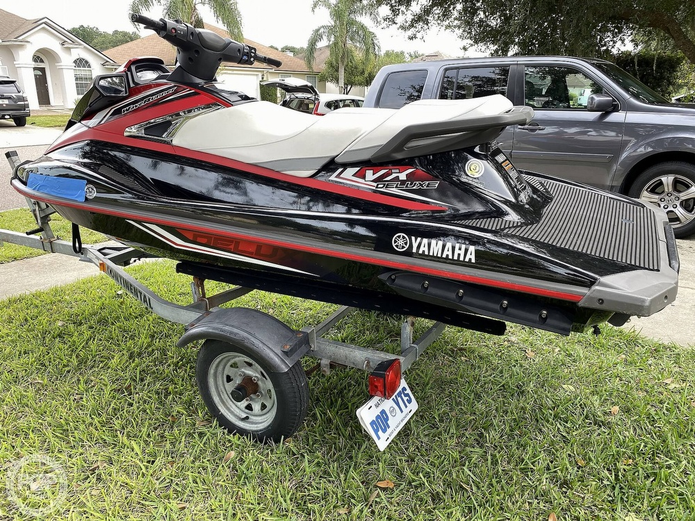 2016 Yamaha boat for sale, model of the boat is VX Deluxe & Image # 3 of 41