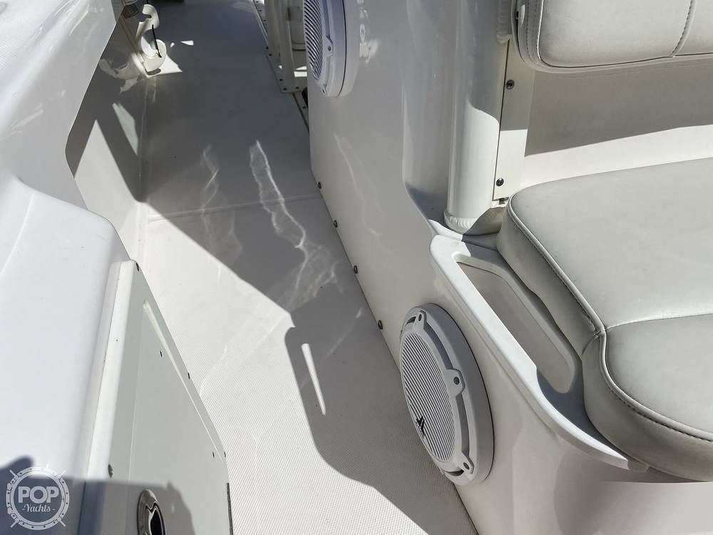 2017 Everglades boat for sale, model of the boat is 243CC & Image # 13 of 40