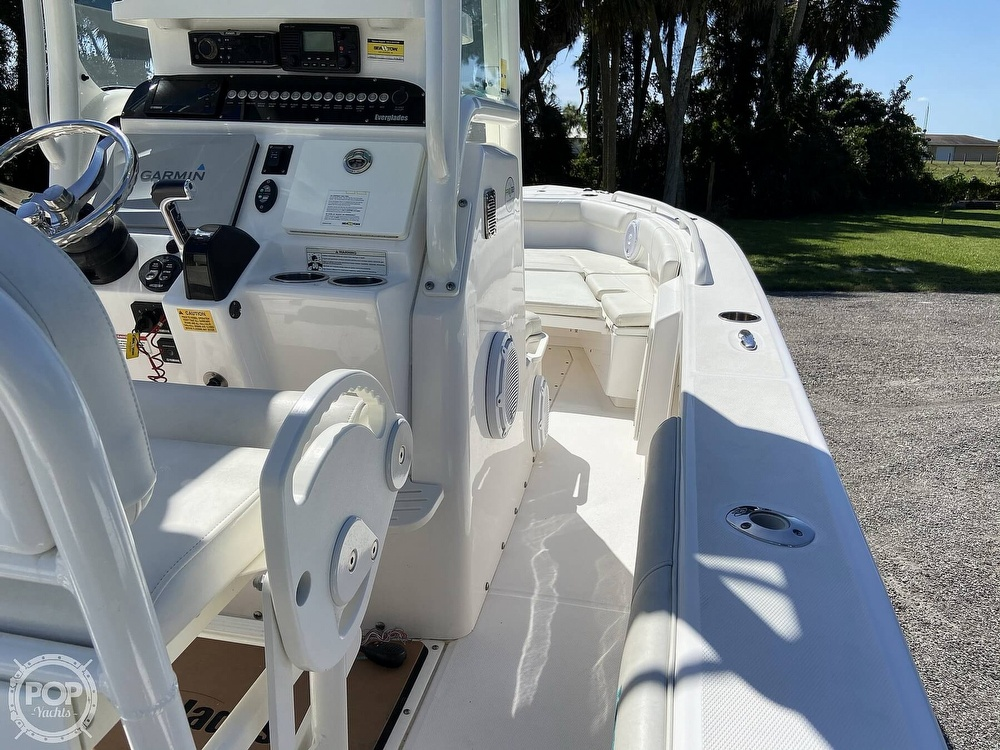 2017 Everglades boat for sale, model of the boat is 243CC & Image # 19 of 40