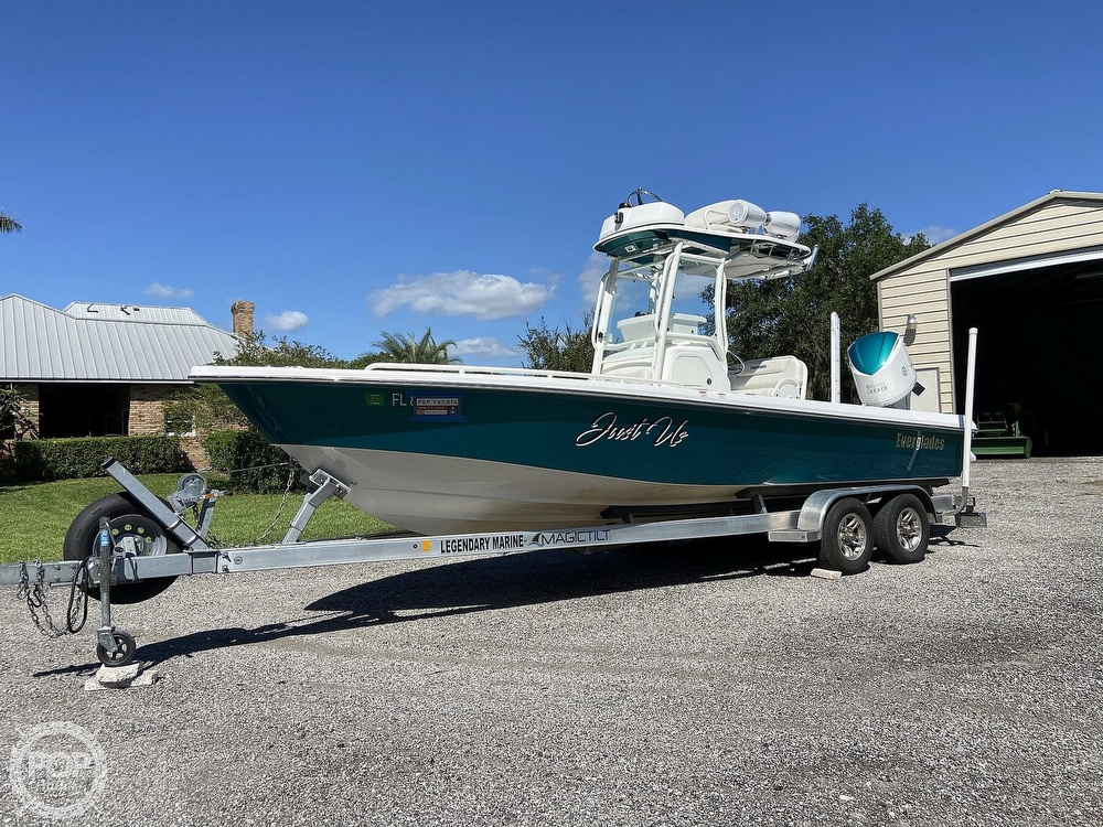 2017 Everglades boat for sale, model of the boat is 243CC & Image # 22 of 40