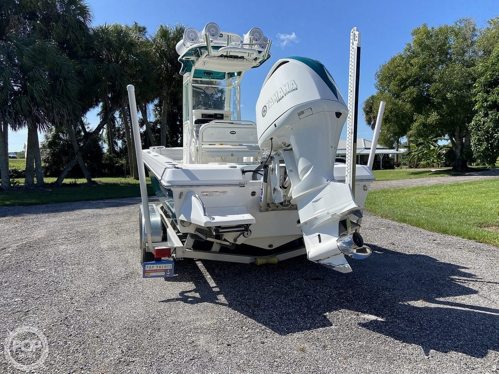 2017 Everglades boat for sale, model of the boat is 243CC & Image # 28 of 40