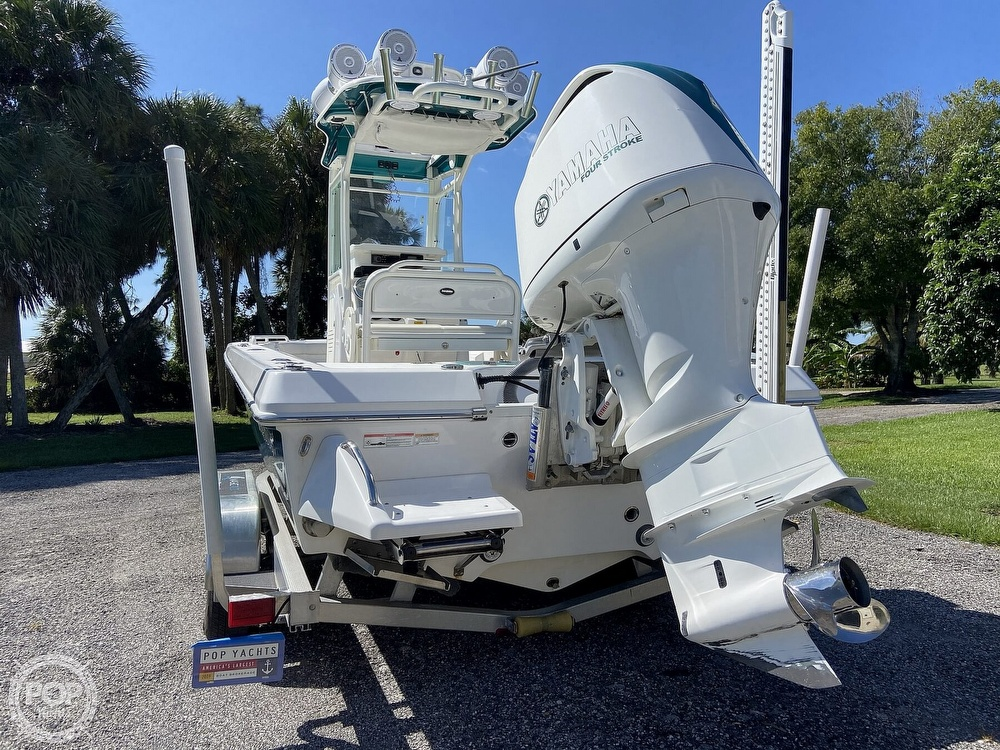 2017 Everglades boat for sale, model of the boat is 243CC & Image # 29 of 40