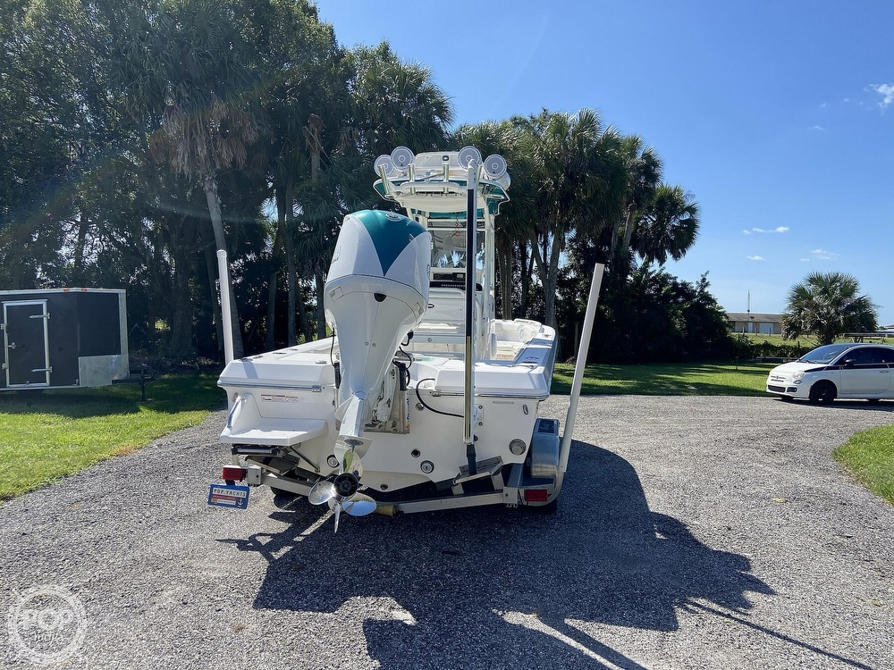 2017 Everglades boat for sale, model of the boat is 243CC & Image # 30 of 40