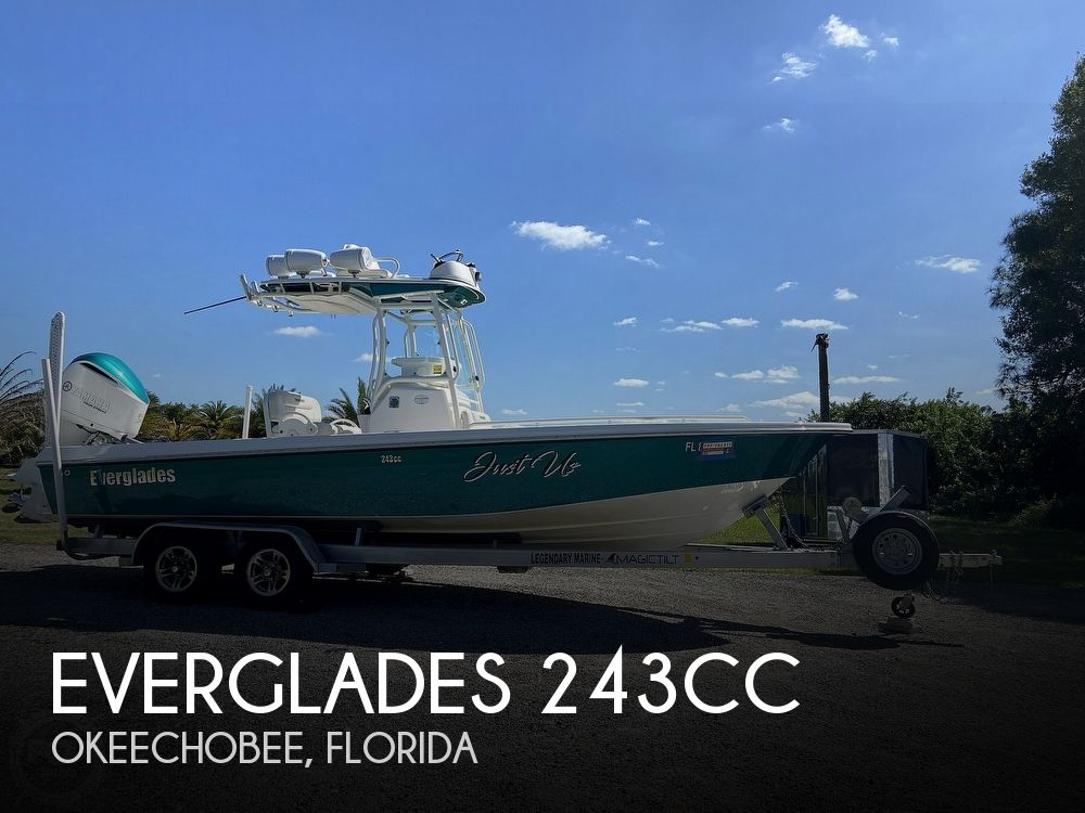 2017 Everglades boat for sale, model of the boat is 243CC & Image # 1 of 40