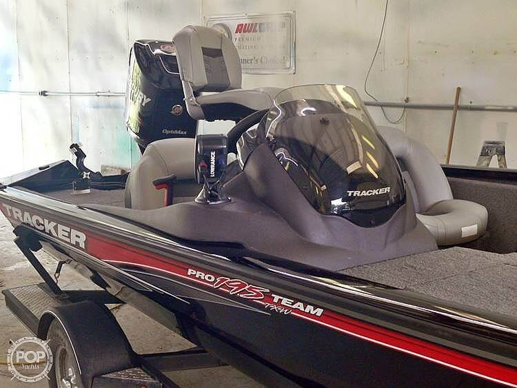 2018 Tracker Boats boat for sale, model of the boat is Pro Team 195 TXW & Image # 2 of 40