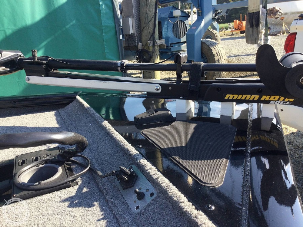 2018 Tracker Boats boat for sale, model of the boat is Pro Team 195 TXW & Image # 20 of 40