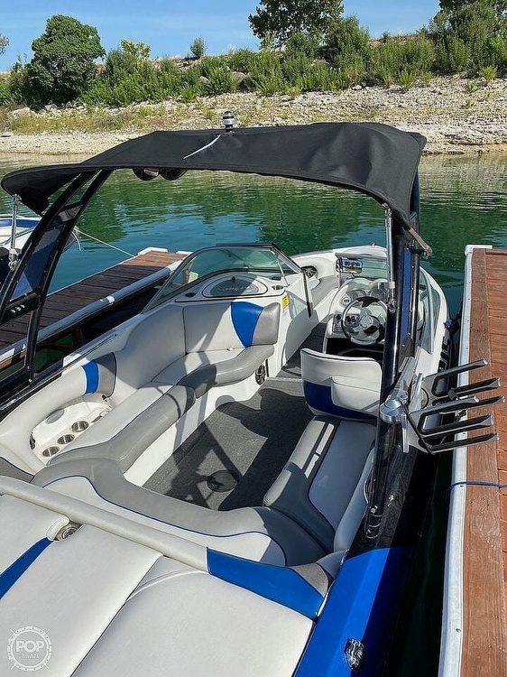 2014 Sanger boat for sale, model of the boat is V215 & Image # 4 of 4