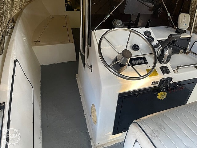 1993 American Angler boat for sale, model of the boat is 220CC & Image # 38 of 40