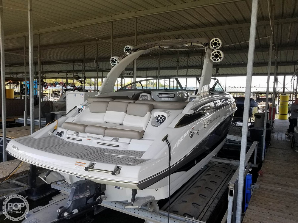 2019 Crownline boat for sale, model of the boat is 265SS & Image # 15 of 40
