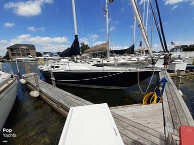 C & C Yachts 38, 38, for sale - $17,750