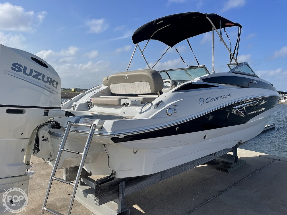2018 Crownline boat for sale, model of the boat is E23 XS & Image # 7 of 40