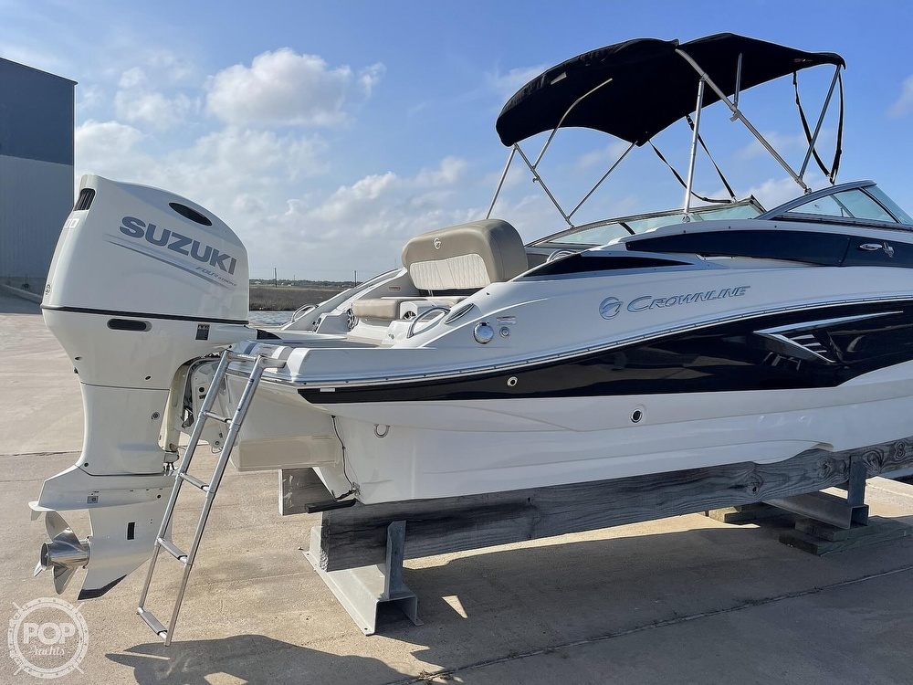 2018 Crownline boat for sale, model of the boat is E23 XS & Image # 8 of 40