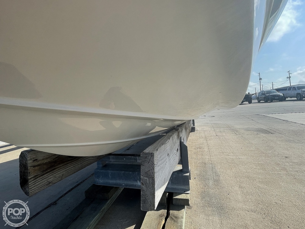 2018 Crownline boat for sale, model of the boat is E23 XS & Image # 14 of 40