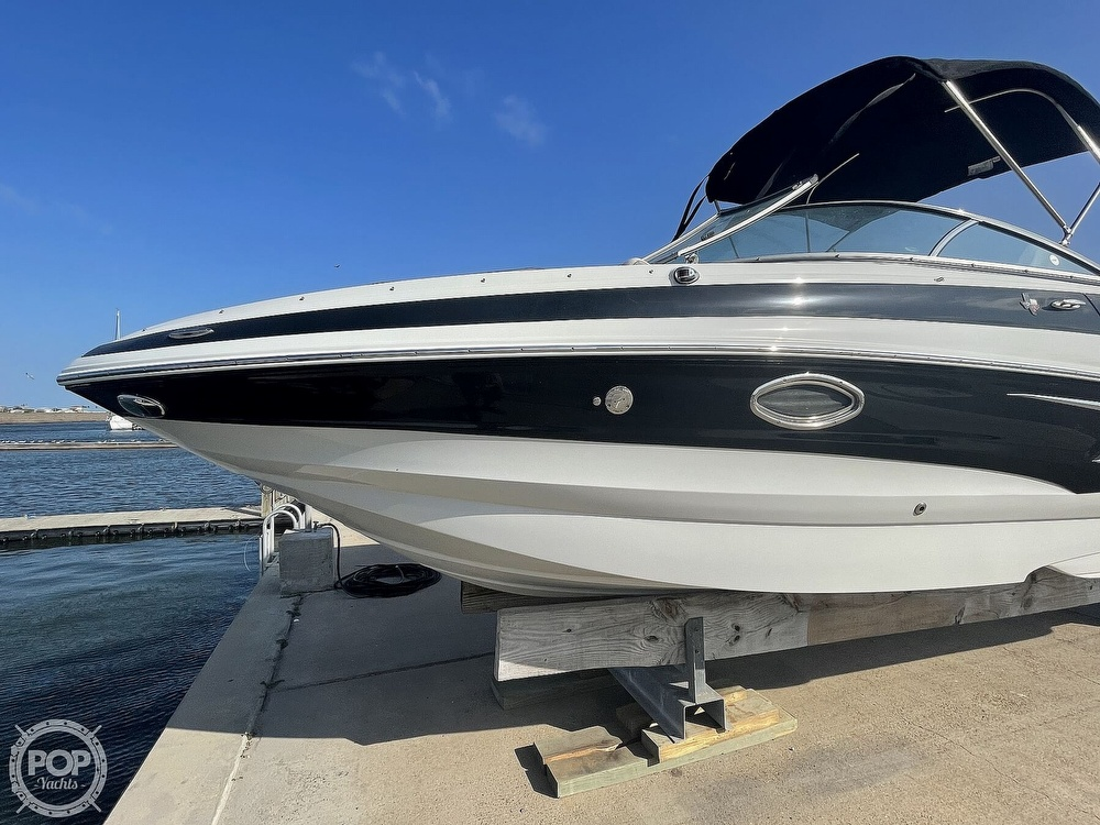 2018 Crownline boat for sale, model of the boat is E23 XS & Image # 17 of 40
