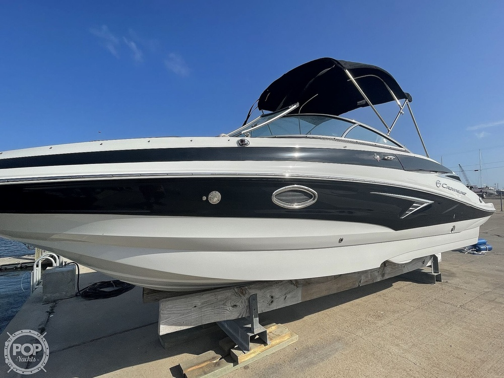 2018 Crownline boat for sale, model of the boat is E23 XS & Image # 18 of 40