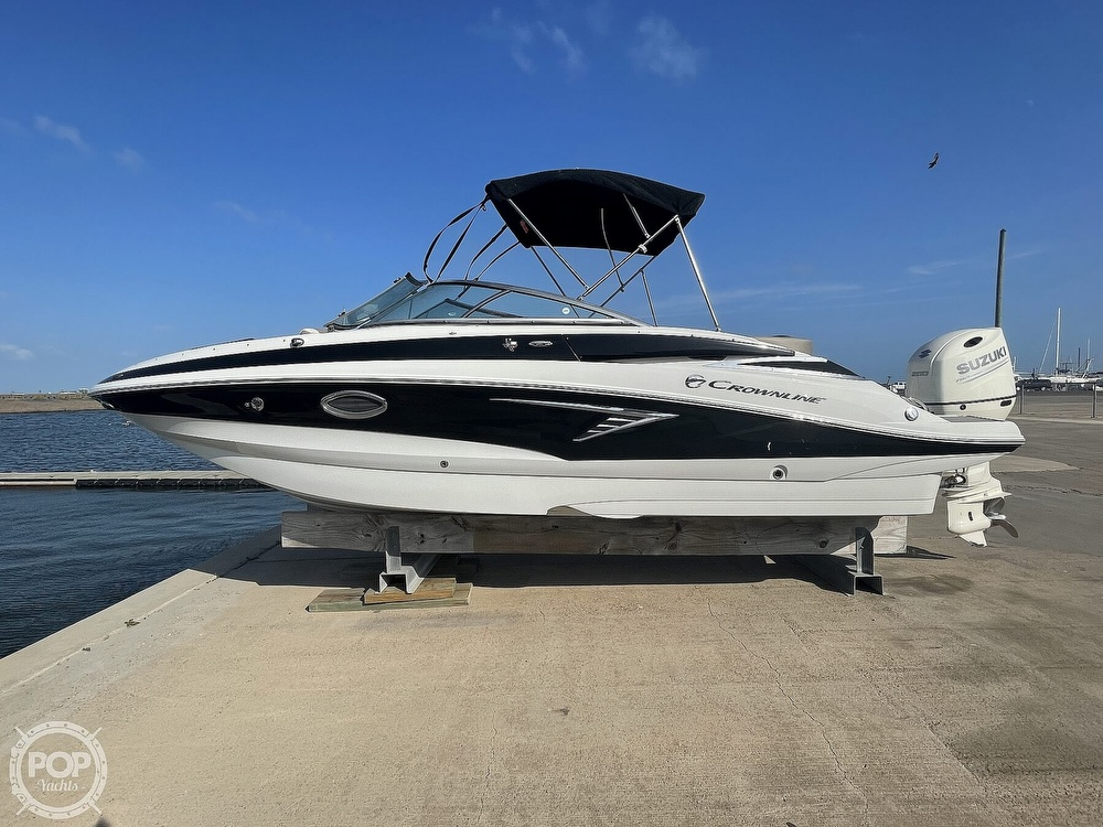 2018 Crownline boat for sale, model of the boat is E23 XS & Image # 20 of 40