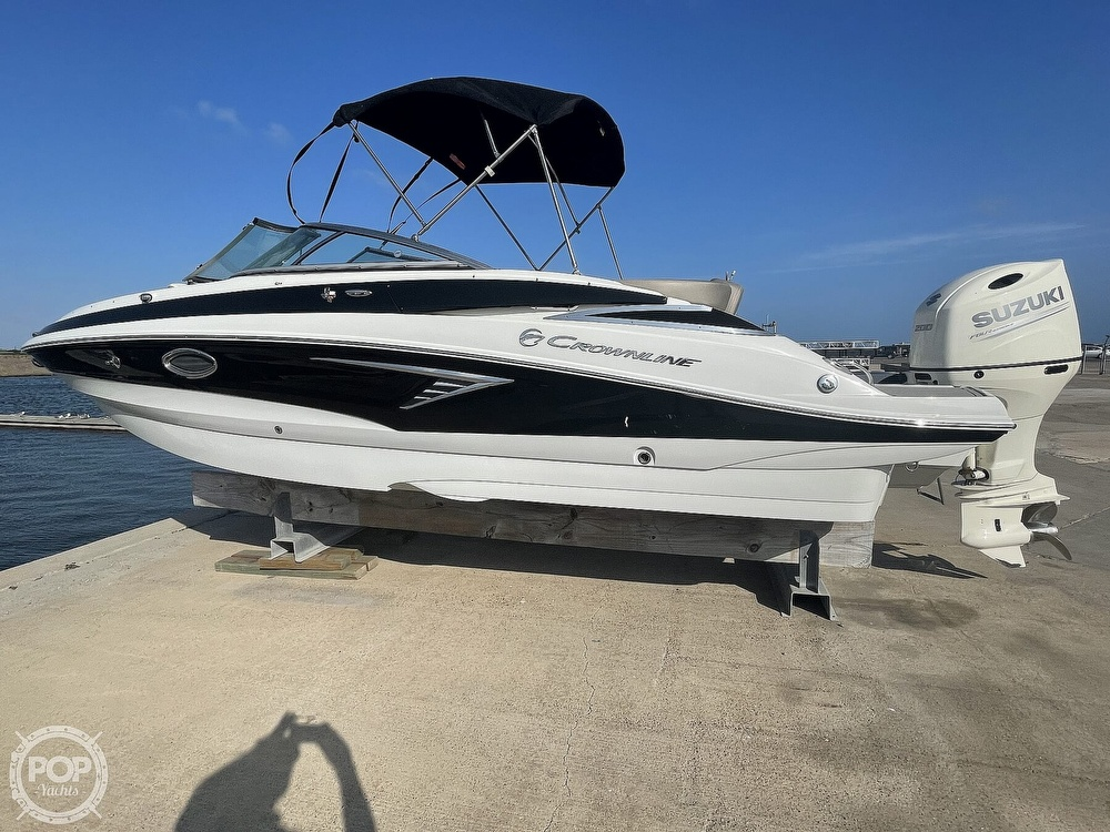 2018 Crownline boat for sale, model of the boat is E23 XS & Image # 21 of 40