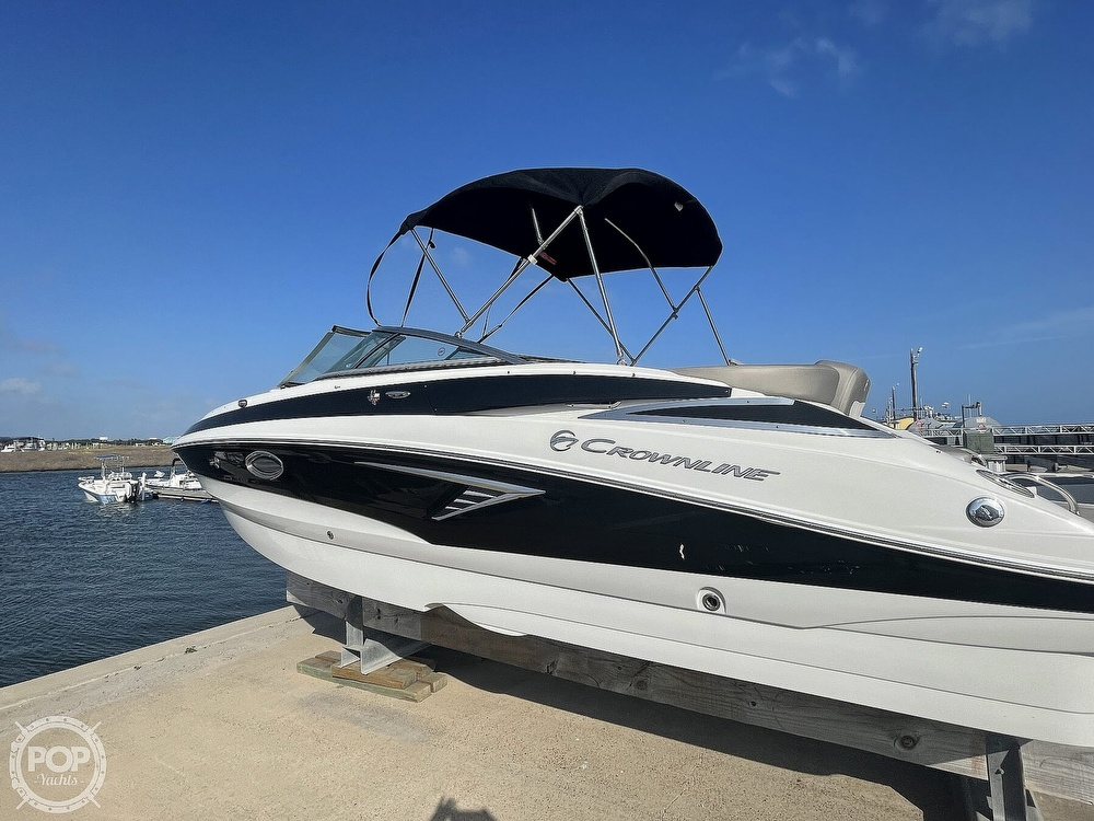 2018 Crownline boat for sale, model of the boat is E23 XS & Image # 22 of 40