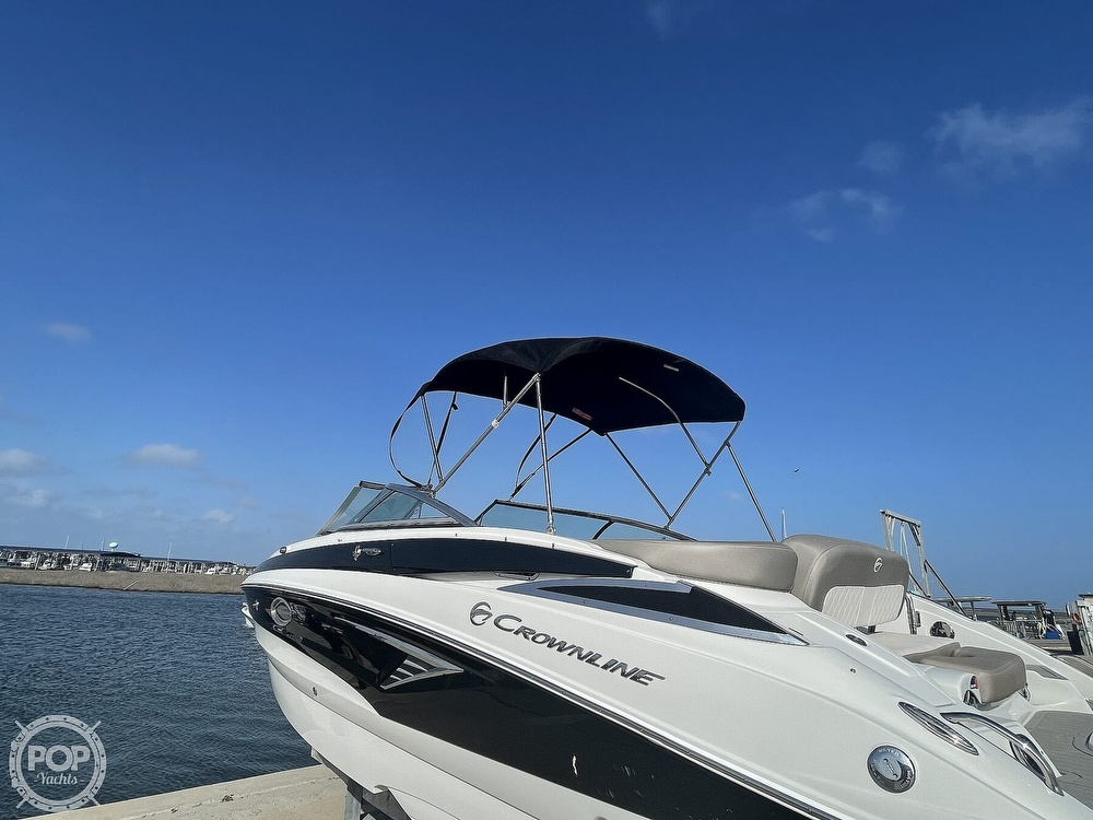 2018 Crownline boat for sale, model of the boat is E23 XS & Image # 25 of 40