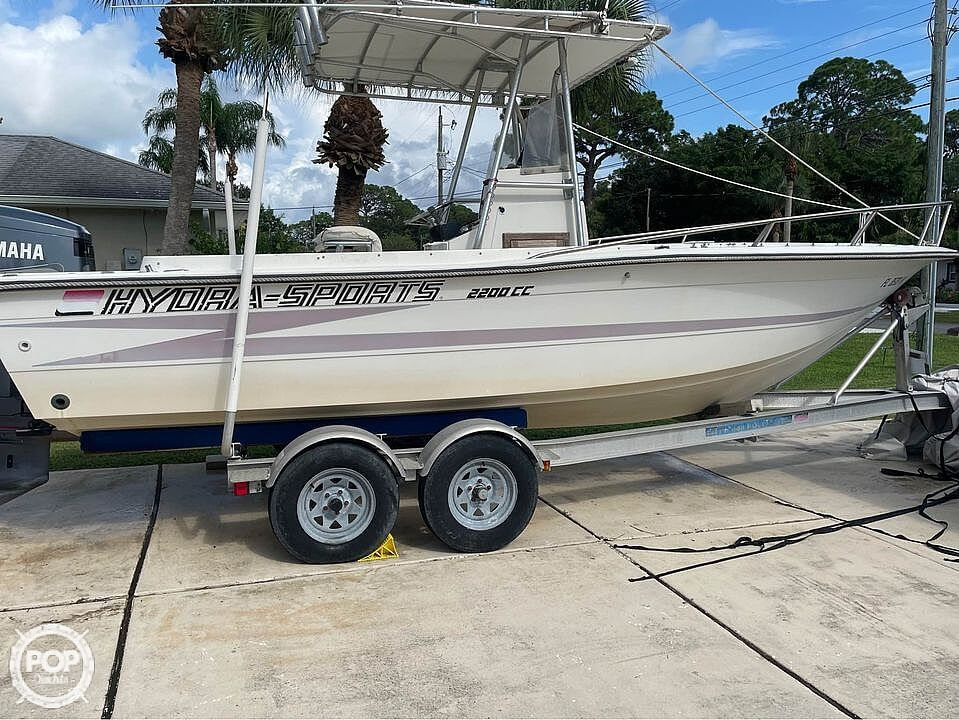 1988 Hydra-Sports boat for sale, model of the boat is 2200 CC & Image # 14 of 40