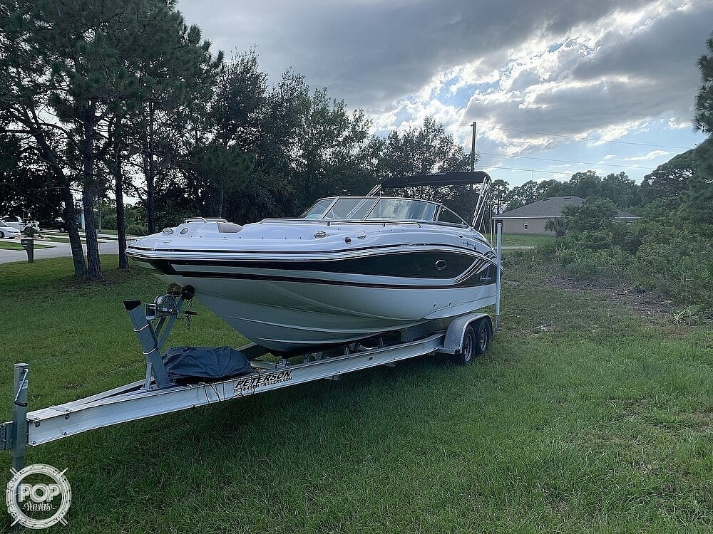 2014 Hurricane boat for sale, model of the boat is Sundeck 2400 & Image # 10 of 30