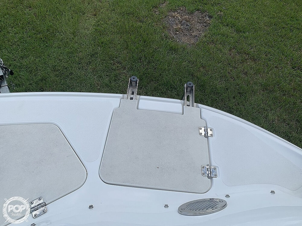 2014 Hurricane boat for sale, model of the boat is Sundeck 2400 & Image # 26 of 30