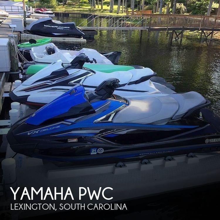 2018 Yamaha VX Deluxe (Pair)