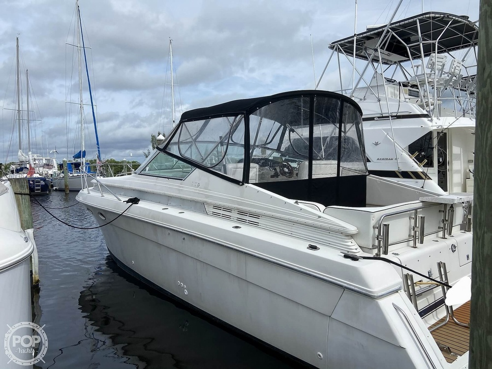 1991 Wellcraft boat for sale, model of the boat is 33 ST. TROPEZ & Image # 11 of 40