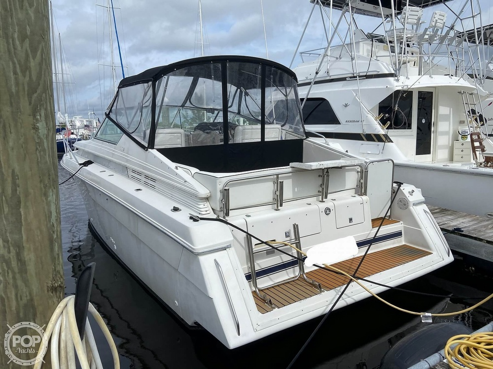 1991 Wellcraft boat for sale, model of the boat is 33 ST. TROPEZ & Image # 12 of 40