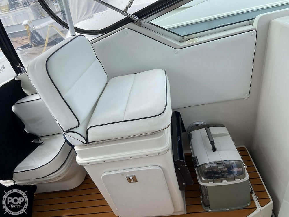 1991 Wellcraft boat for sale, model of the boat is 33 ST. TROPEZ & Image # 26 of 40