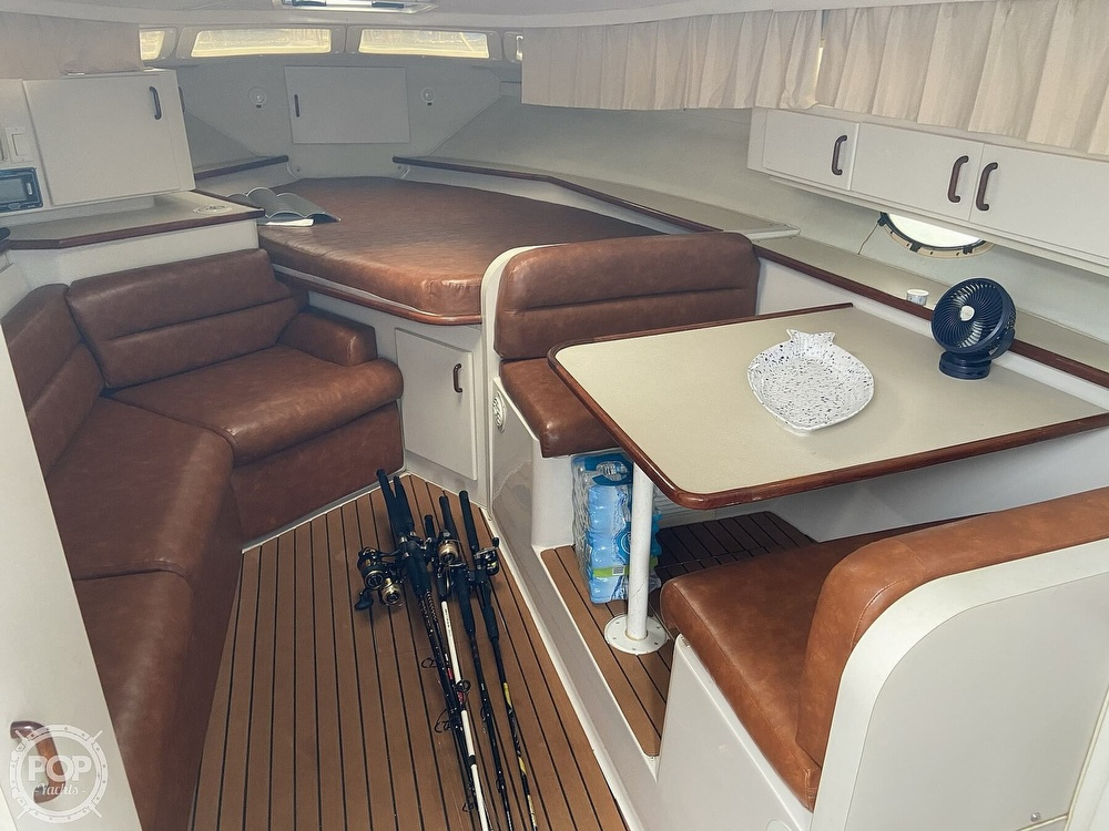 1991 Wellcraft boat for sale, model of the boat is 33 ST. TROPEZ & Image # 9 of 40
