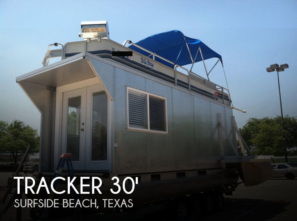 1992 Tracker Boats boat for sale, model of the boat is 24 Custom Houseboat & Image # 1 of 40