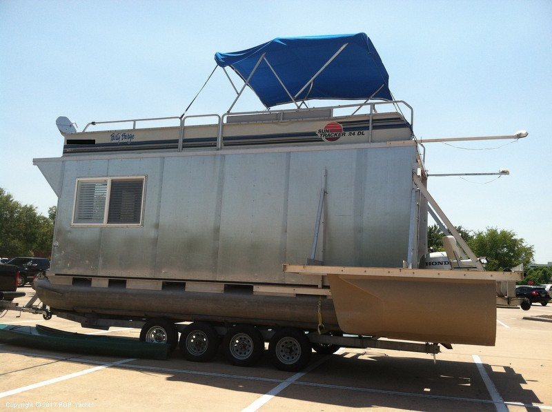 1992 Tracker Boats boat for sale, model of the boat is 24 Custom Houseboat & Image # 15 of 40