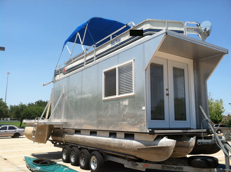 1992 Tracker Boats boat for sale, model of the boat is 24 Custom Houseboat & Image # 2 of 40