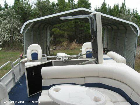 2007 Smoker Craft boat for sale, model of the boat is 8524 4PT & Image # 1 of 7