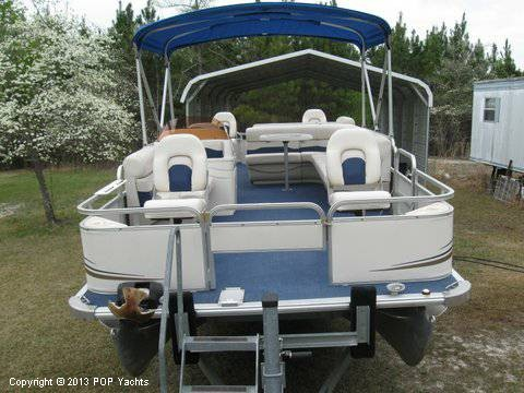 2007 Smoker Craft boat for sale, model of the boat is 8524 4PT & Image # 3 of 7