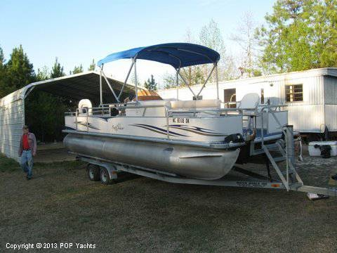 2007 Smoker Craft boat for sale, model of the boat is 8524 4PT & Image # 4 of 7