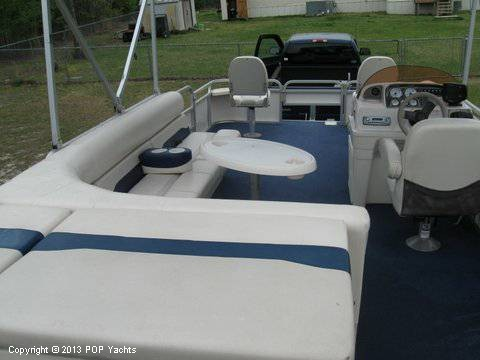 2007 Smoker Craft boat for sale, model of the boat is 8524 4PT & Image # 5 of 7