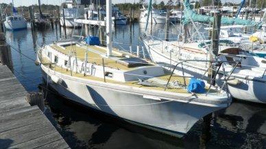 Yorktown 39, 39', for sale - $21,000