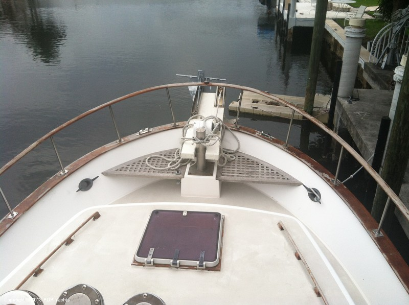 1981 Present Yachts 41 Trunk Trawler - Photo #34