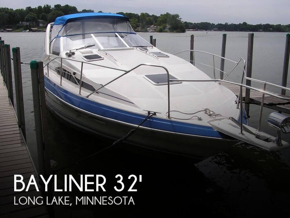 1987 Bayliner 3205 Avanti - Photo #1